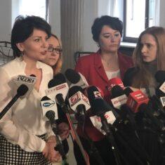 Konferencja popierająca decyzję Rafała Trzaskowskiego w sprawie podpisania Deklaracji LGBT+