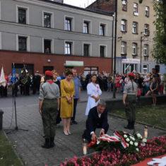 Apel poległych pod pomnikiem Obrońców Ojczyzny w Rudzie Śląskiej