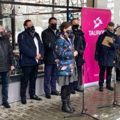"""Otwarcie sklepu socjalnego """"Spichlerz"""" w Katowicach"""